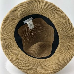 J. Crew Accessories - ⭐️🆕[J Crew] Cool Wool Camel Colored Soft Hat 🎩